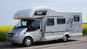 Micro-ondes pour camping car